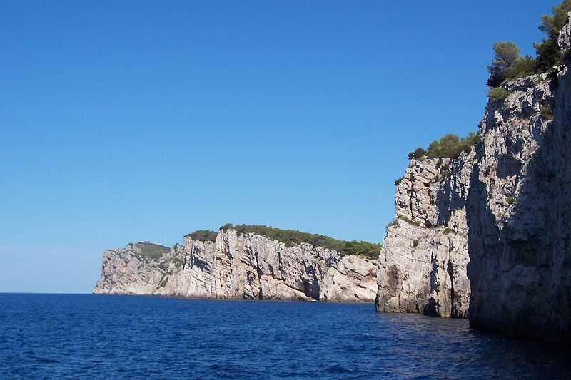 Isola Lunga